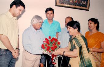 MVN Schools Award with Abdul Kalam